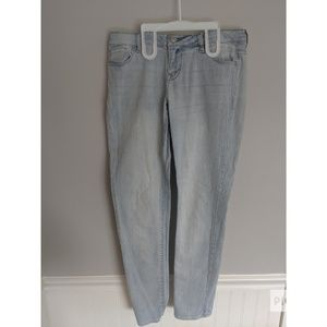 Lightwash skinny jeans size 7/8 short